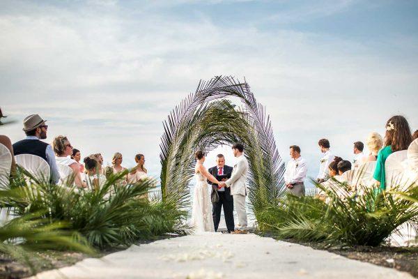 MELISSA & MARTIN COSTA RICA BEACH WEDDING