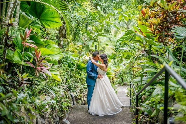DIANA & WAYNE COSTA RICA BEACH WEDDING PHOTOGRAPHY
