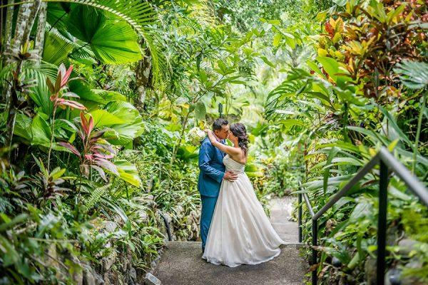 DIANA & WAYNE COSTA RICA BEACH WEDDING PHOTOGRAPHY