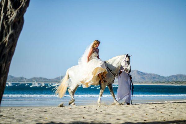 LINDSAY & PETER COSTA RICA BEACH WEDDING PHOTOGRAPHY
