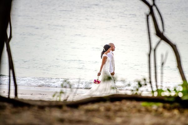 VANITA & ZAHEED COSTA RICA BEACH WEDDING PHOTOGRAPHY