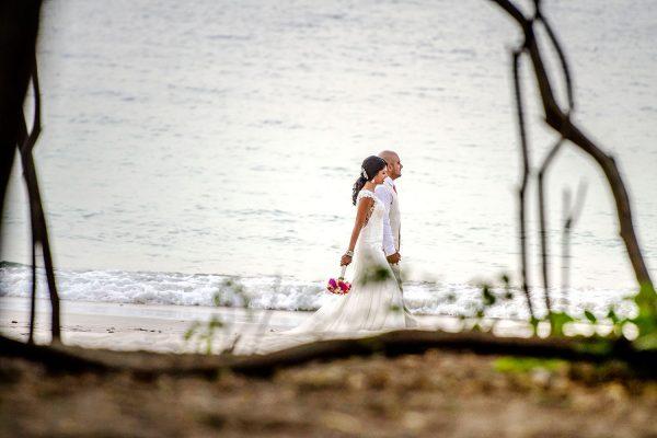 VANITA & ZAHEED COSTA RICA BEACH WEDDING PHOTOGRAPHY