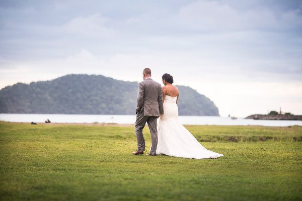 TIFFANY AND JIMMY BEACH WEDDING PHOTOGRAPHY IN COSTA RICA
