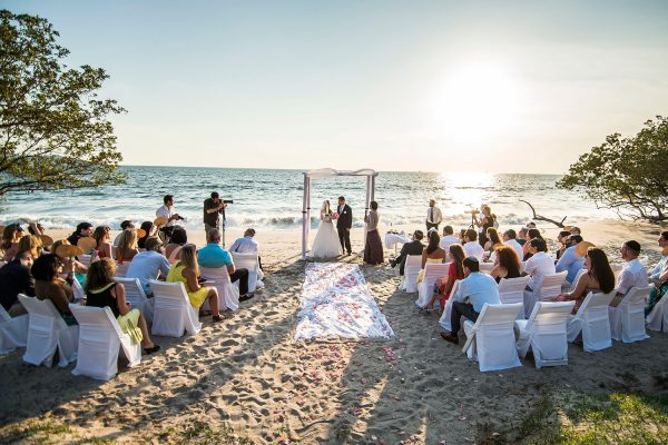 ELINA & ERIC COSTA RICA BEACH WEDDING PHOTOGRAPHY
