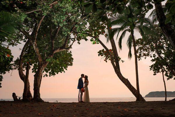 JENNIFER & MARC COSTA RICA BEACH WEDDING PHOTOS
