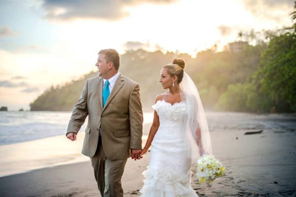 JENNA AND DAVID COSTA RICA BEACH WEDDING PHOTOGRAPHY