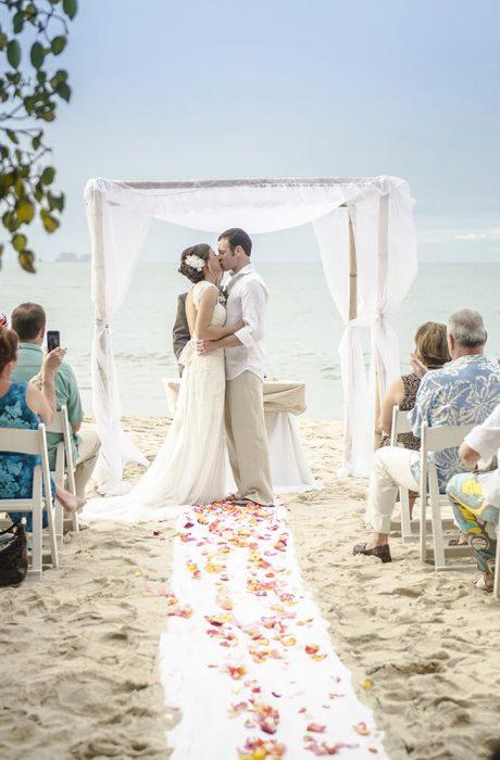 ALICIA AND JEFF COSTA RICA DESTINATION WEDDING