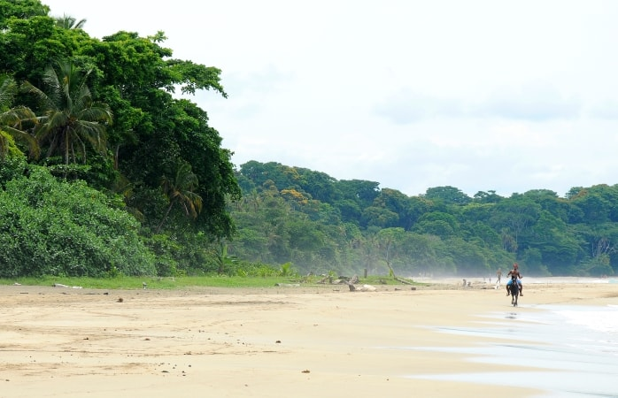 THE BEST BEACHES IN COSTA RICA
