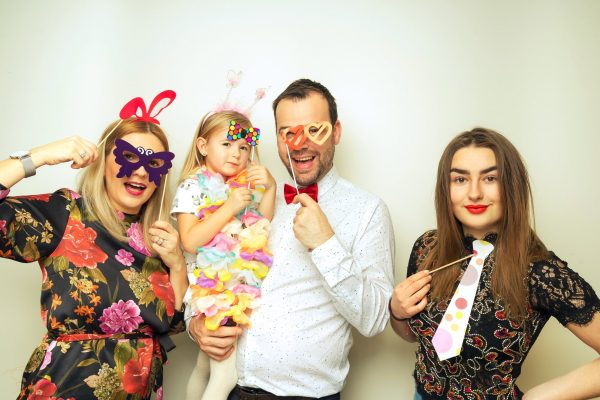 PHOTO BOOTHS: A FUN WAY TO REMEMBER YOUR WEDDING