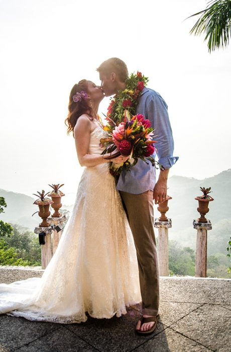 ALLAN & KRISIA COSTA RICA DESTINATION WEDDING